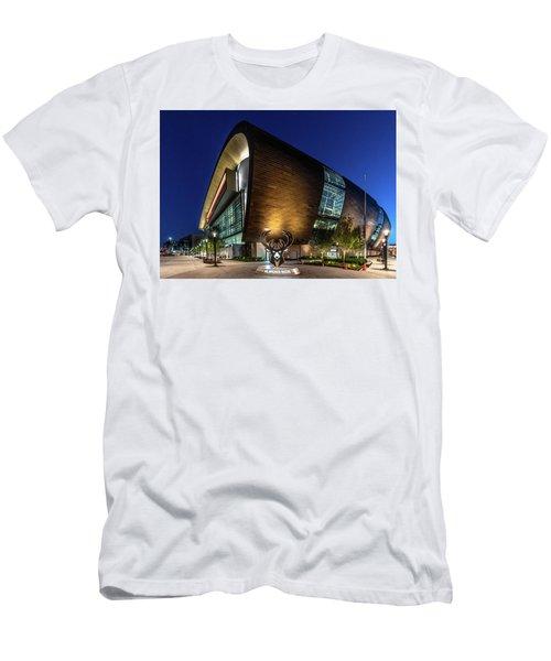 Milwaukee Bucks Men's T-Shirt (Athletic Fit)