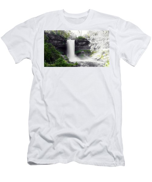 Minne Haha Falls Men's T-Shirt (Athletic Fit)