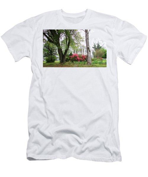 Mississippi Mansion  Men's T-Shirt (Athletic Fit)