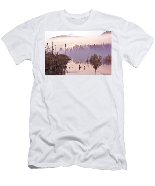 Misty Morning At Vaseux Lake Men's T-Shirt (Athletic Fit)