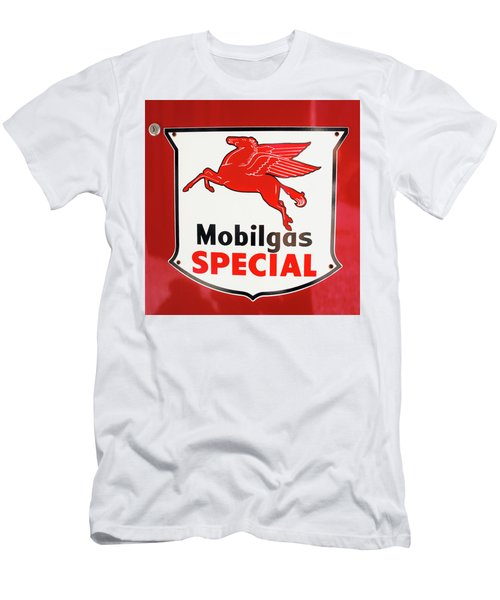 Mobilgas Vintage 82716 Men's T-Shirt (Athletic Fit)