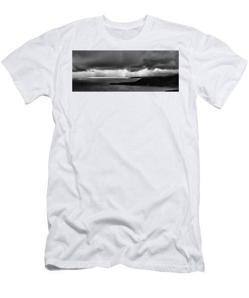 Monochrome Storm Panorama Men's T-Shirt (Athletic Fit)