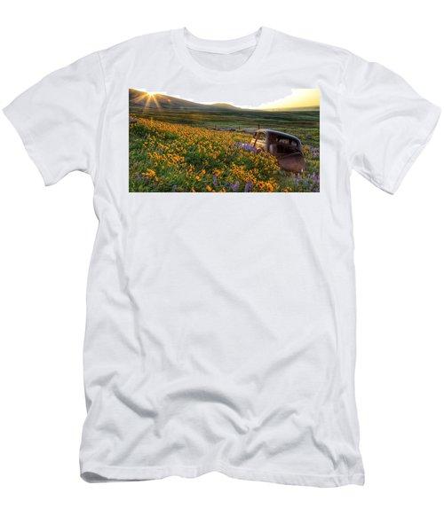 Morning Light On The Old Rusty Car Men's T-Shirt (Slim Fit) by Lynn Hopwood
