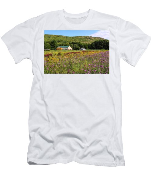 Mountain View Farm Easthampton Men's T-Shirt (Athletic Fit)
