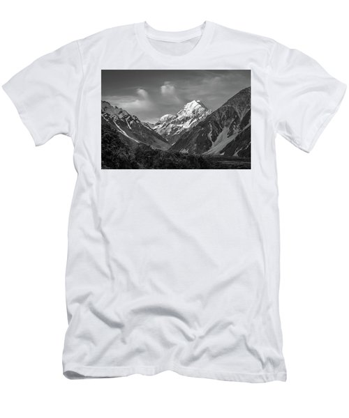 Mt Cook Wilderness Men's T-Shirt (Athletic Fit)