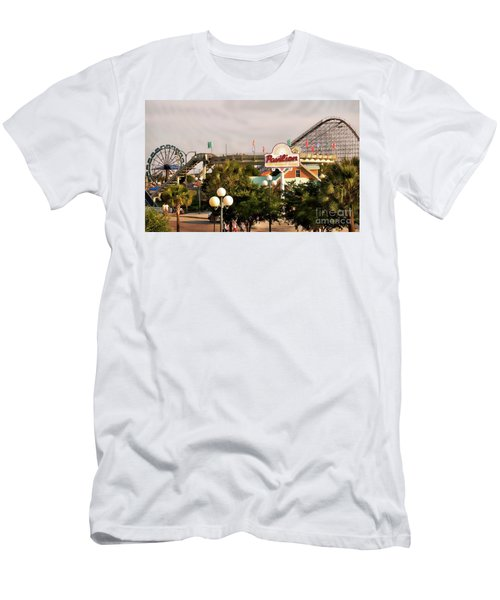 Myrtle Beach Pavillion Amusement Park Men's T-Shirt (Athletic Fit)