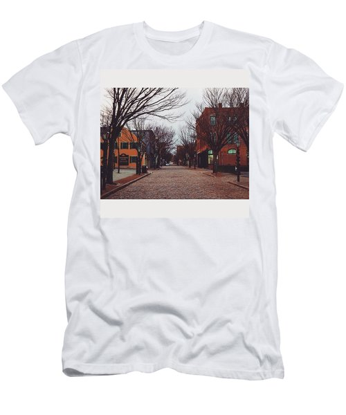 A Christmas Morning Downtown  Men's T-Shirt (Athletic Fit)