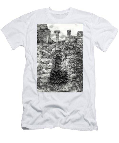 Nestle Rock B/w Men's T-Shirt (Athletic Fit)