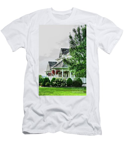 New England Beauty Men's T-Shirt (Athletic Fit)