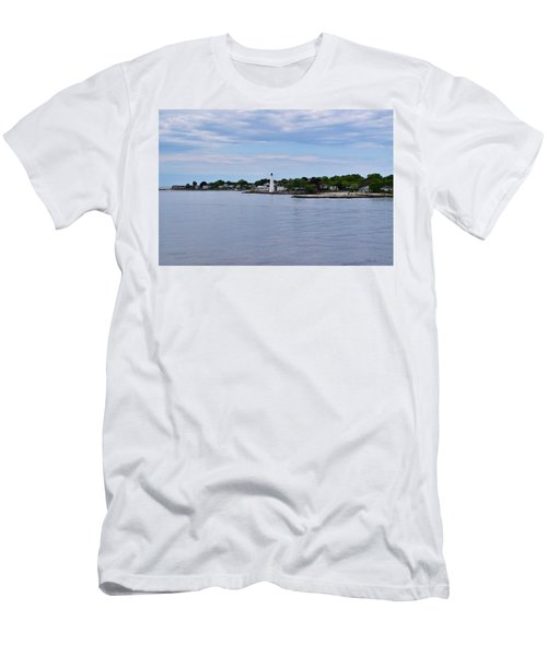 New London Harbor Lighthouse Men's T-Shirt (Athletic Fit)