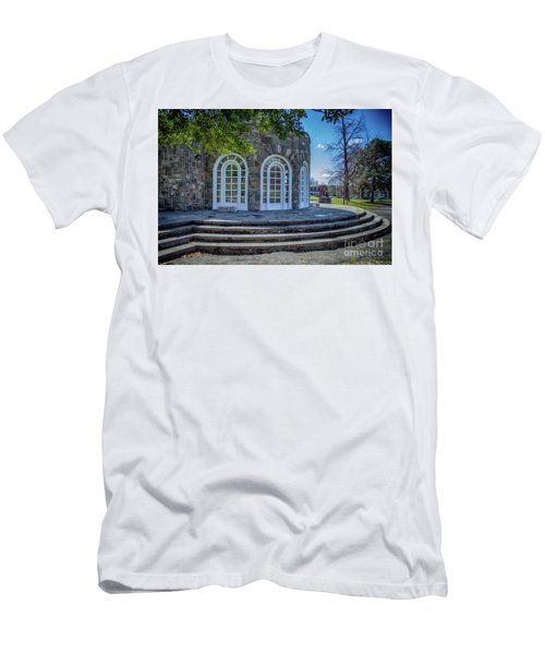 Newburgh Downing Park Shelter House Side View Men's T-Shirt (Athletic Fit)