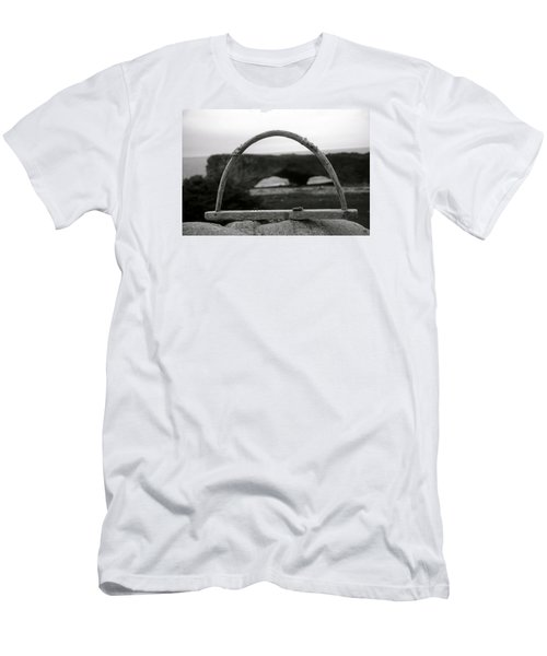 Newfoundland Arches Men's T-Shirt (Athletic Fit)