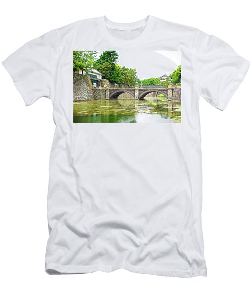 Nijubashi Bridge Men's T-Shirt (Athletic Fit)