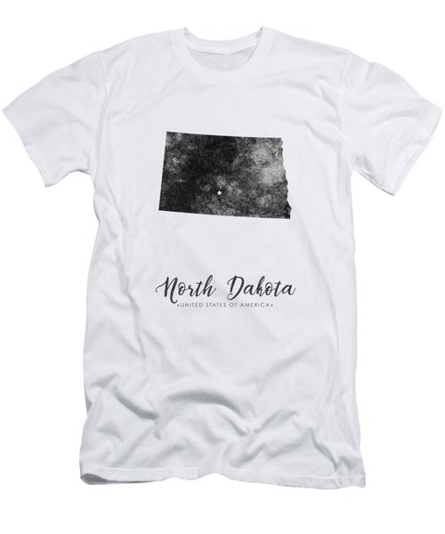 North Dakota State Map Art - Grunge Silhouette Men's T-Shirt (Athletic Fit)