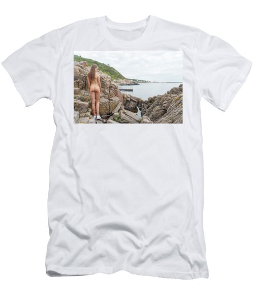 Nude Girl On Rocks Men's T-Shirt (Athletic Fit)