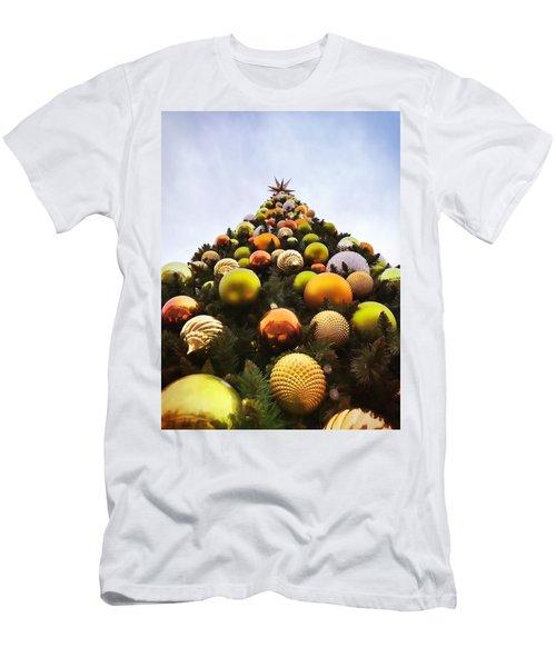 O Christmas Tree Men's T-Shirt (Athletic Fit)