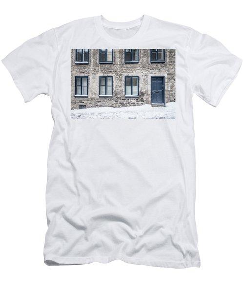 Old Building In Quebec City Men's T-Shirt (Athletic Fit)