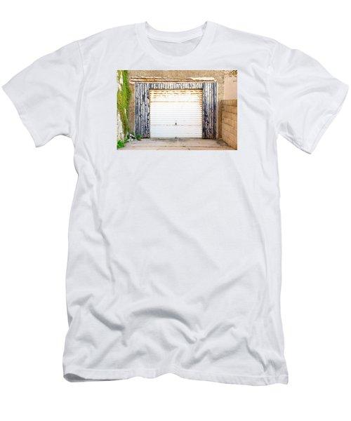 Old Garage Door Men's T-Shirt (Athletic Fit)