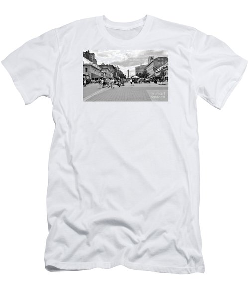 Old Montreal Jacques Cartier Square Men's T-Shirt (Slim Fit) by Reb Frost