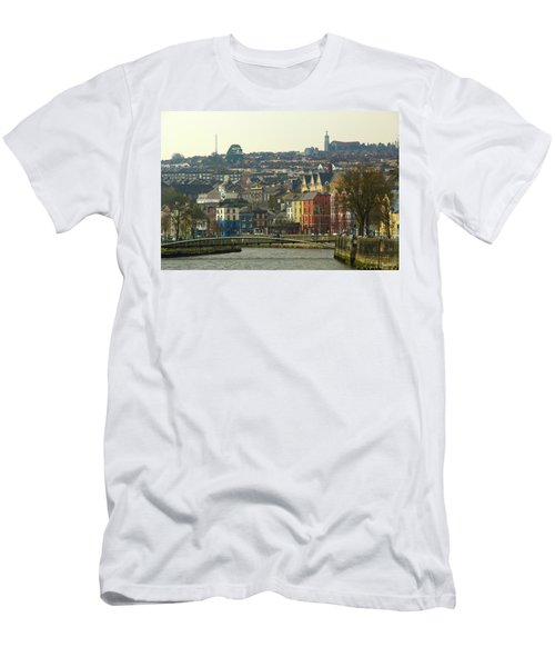 On The River Lee, Cork Ireland Men's T-Shirt (Athletic Fit)