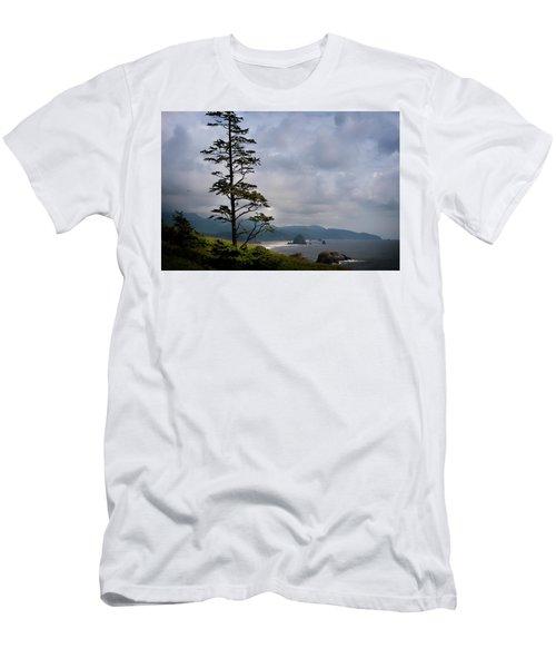 Oregon Ocean Vista Men's T-Shirt (Athletic Fit)