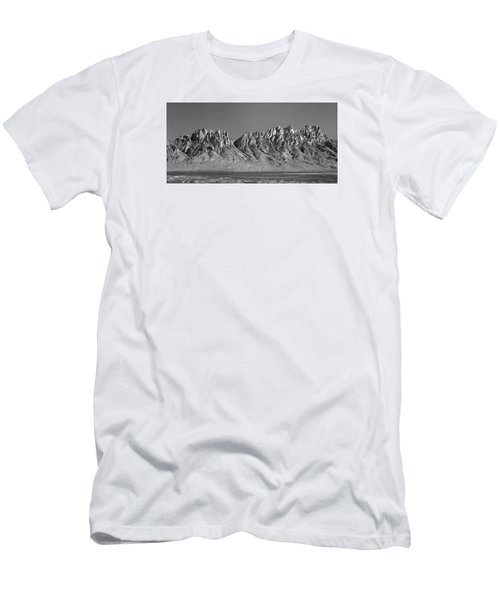 214878-organ Mountains Panorama     Men's T-Shirt (Athletic Fit)