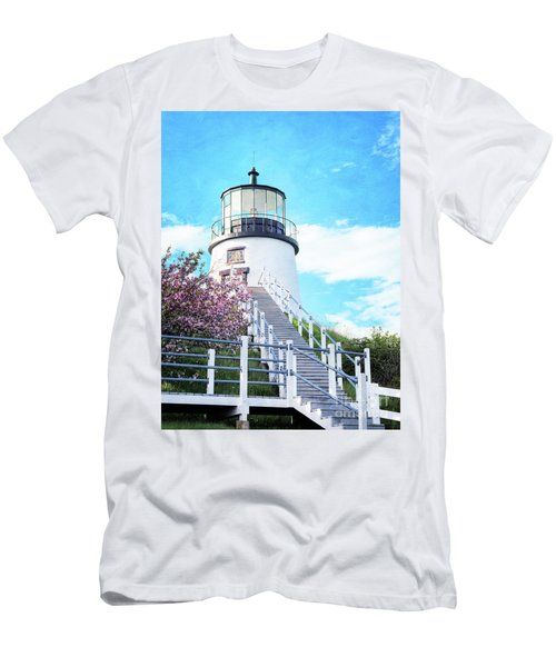 Owl's Head Light In Early June Men's T-Shirt (Athletic Fit)