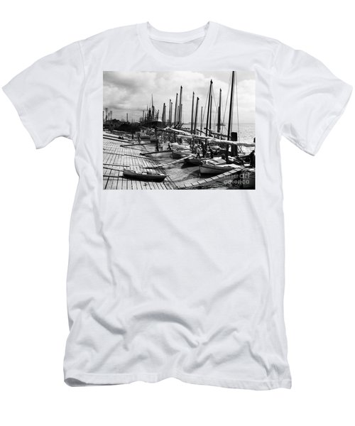 Oyster Luggers, New Orleans Ca 1910 Men's T-Shirt (Athletic Fit)