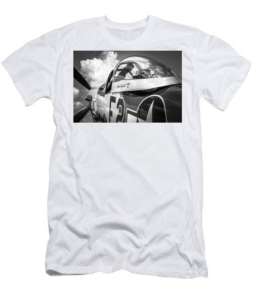 P-51 Mustang - Series 5 Men's T-Shirt (Athletic Fit)