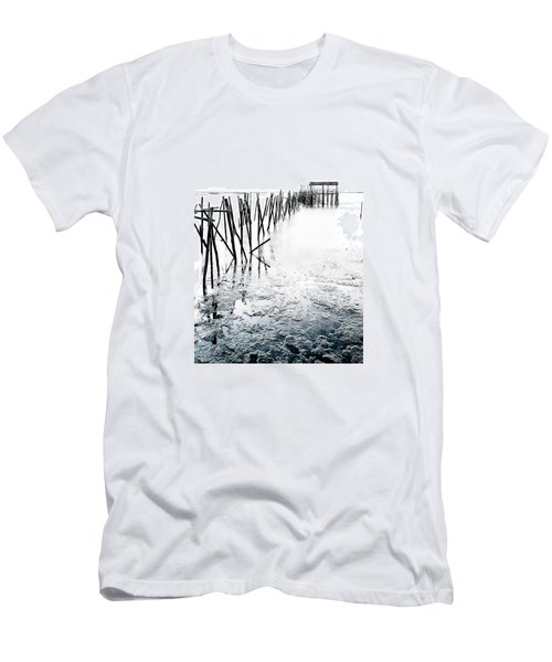 Men's T-Shirt (Slim Fit) featuring the photograph Palafitico by Edgar Laureano