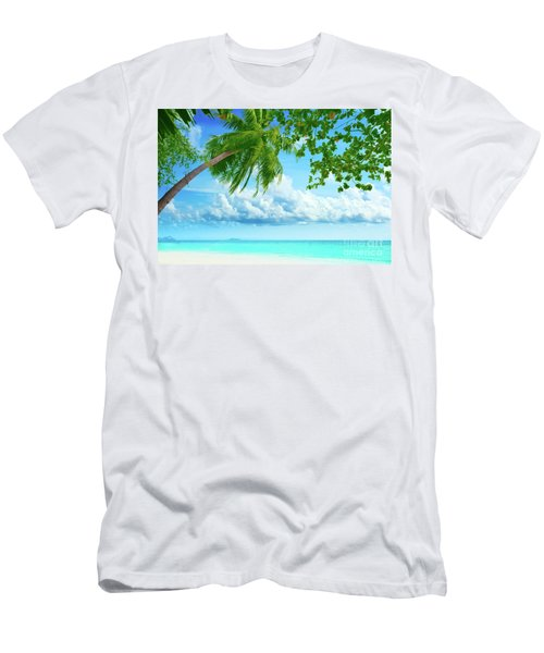 Palmtree On The Beach Men's T-Shirt (Athletic Fit)