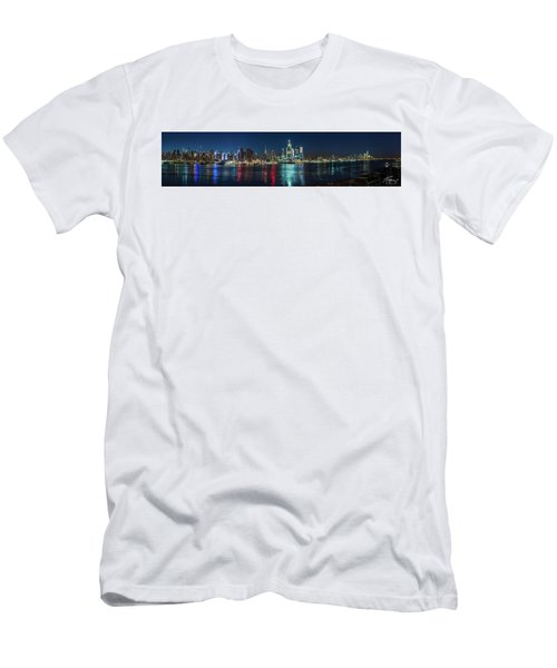 Men's T-Shirt (Athletic Fit) featuring the photograph Panoramic Skyline-manhattan by Francisco Gomez