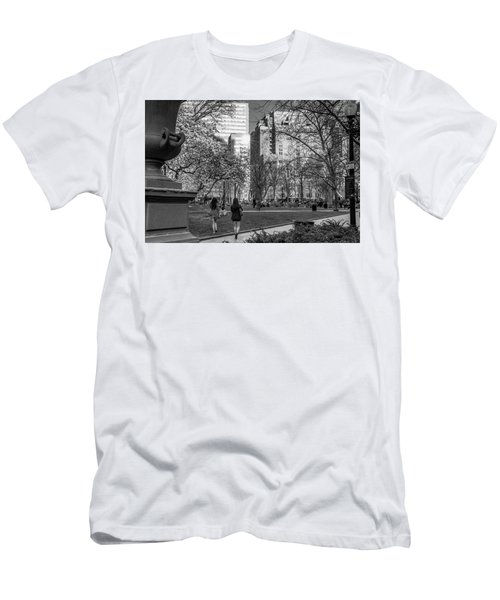 Philadelphia Street Photography - 0902 Men's T-Shirt (Slim Fit) by David Sutton