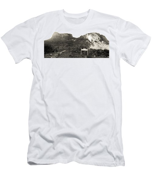 Picacho Peak Traihead Men's T-Shirt (Athletic Fit)
