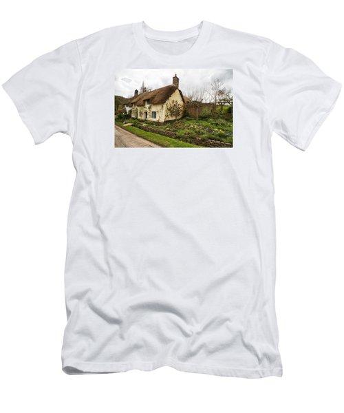 Picturesque Dunster Cottage Men's T-Shirt (Athletic Fit)