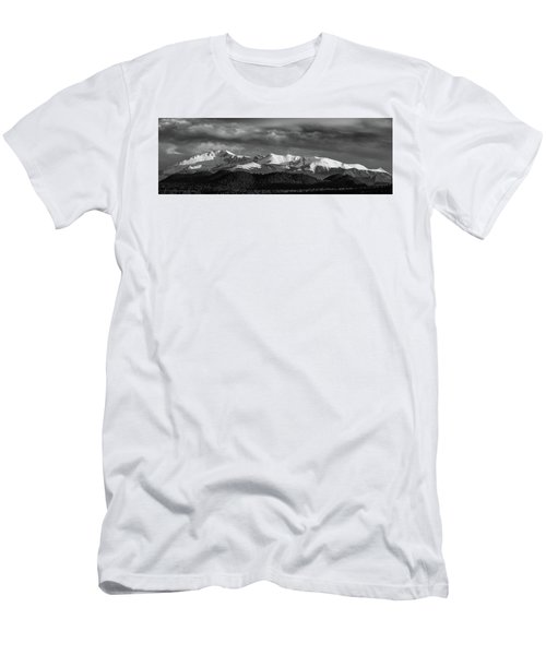 Pike's Peak Or Bust Men's T-Shirt (Athletic Fit)