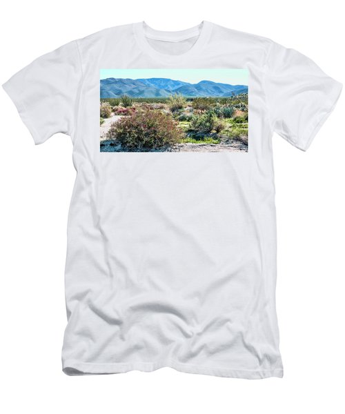 Pinyon Mtns Desert View Men's T-Shirt (Athletic Fit)