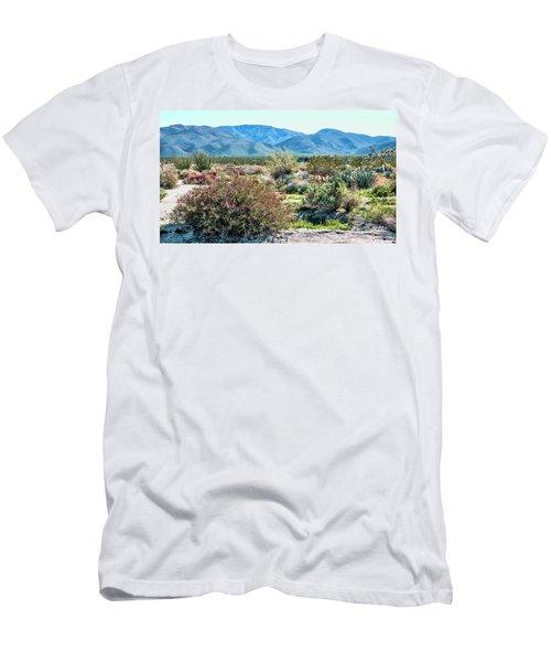 Pinyon Mtns Desert View Men's T-Shirt (Slim Fit)
