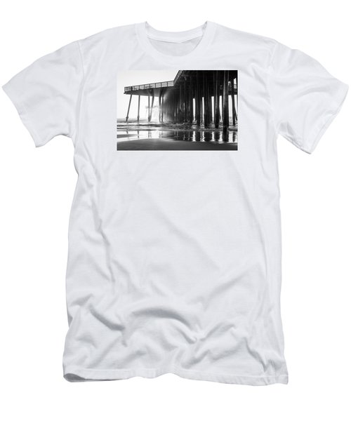 Pismo Pier Black And White Sunset Men's T-Shirt (Athletic Fit)