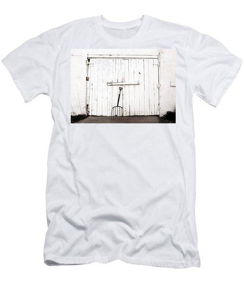 Pitch Fork Men's T-Shirt (Athletic Fit)
