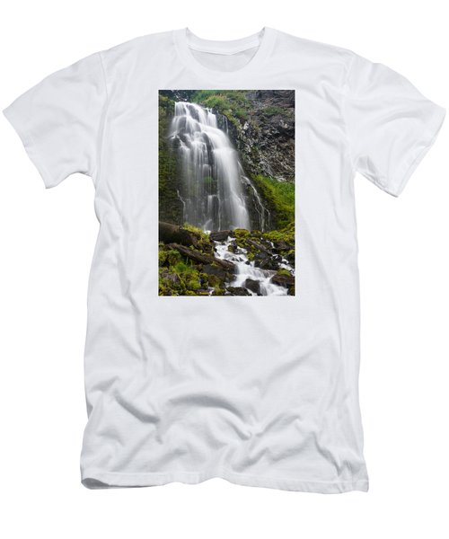 Plaikni Falls Men's T-Shirt (Athletic Fit)