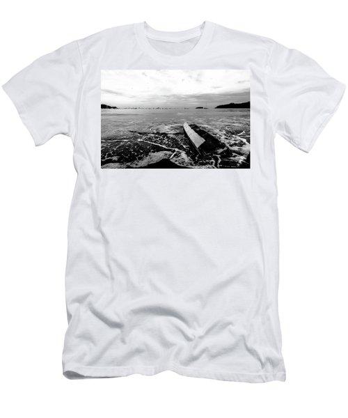 Play De Noire Men's T-Shirt (Athletic Fit)