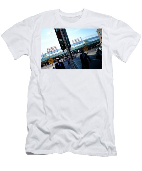 Public Market In Seattle Washington Men's T-Shirt (Athletic Fit)