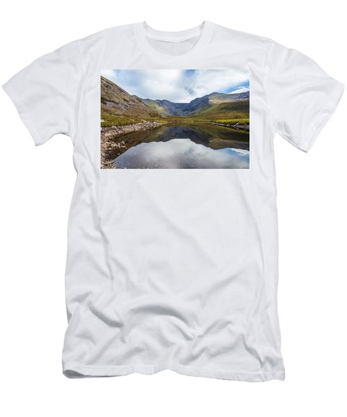 Men's T-Shirt (Slim Fit) featuring the photograph Reflection Of Macgillycuddy's Reeks And Carrauntoohil In Lough E by Semmick Photo