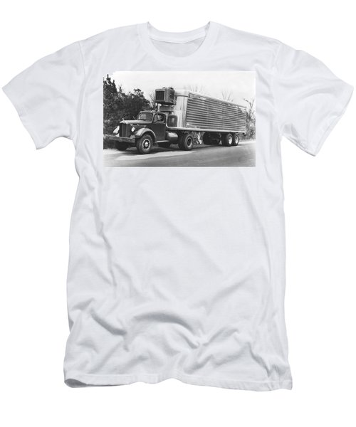 Refrigerated Semi Trailer Men's T-Shirt (Athletic Fit)