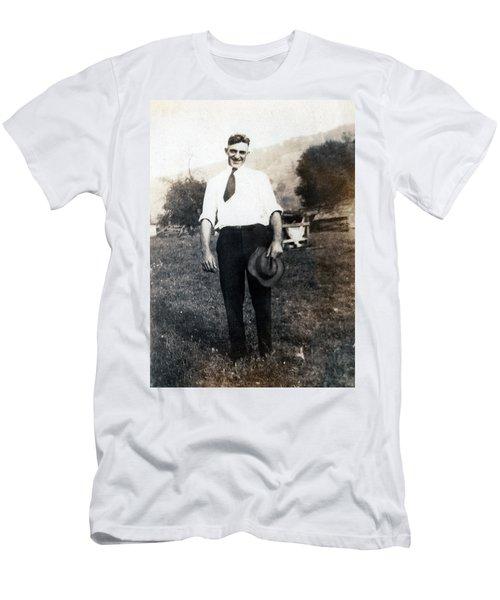 Retro Photo 01 Men's T-Shirt (Athletic Fit)