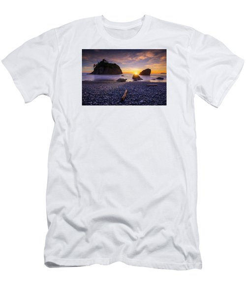 Ruby Beach Dreaming Men's T-Shirt (Athletic Fit)