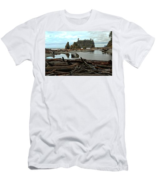 Ruby Beach Driftwood Men's T-Shirt (Athletic Fit)