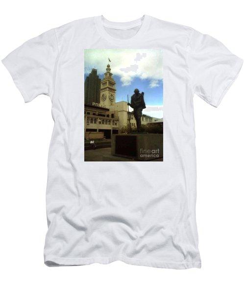 San Francisco Port Men's T-Shirt (Athletic Fit)
