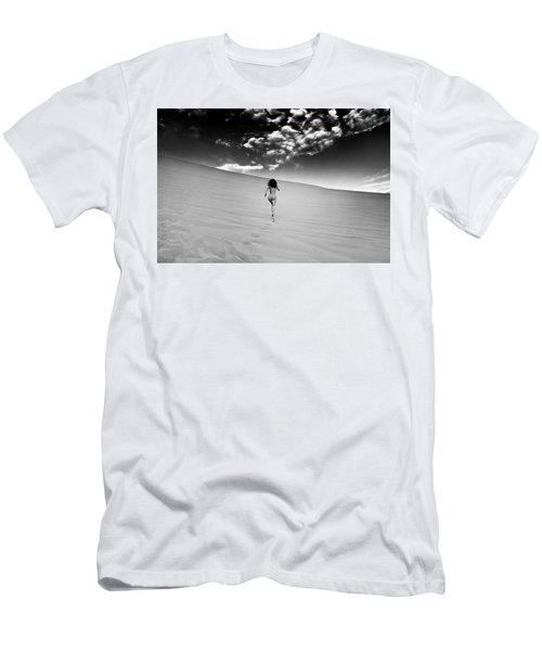 Sandy Dune Nude - Catching The Clouds Men's T-Shirt (Athletic Fit)